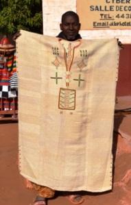 """Boubou en """"kassa"""" par les artisans maliens"""